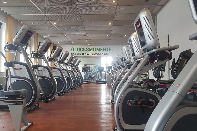 Fitnessgeräte im BMW ProAktiv 1 Fitnesscenter zur betrieblichen Gesundheitsförderung